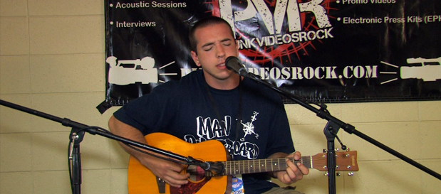 "Mat of @CitizenMI performs ""Speaking With A Ghost"" (acoustic) at Vans Warped Tour"